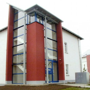 Mehrfamilienwohnhäuser, Föhren